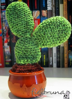 http://fieltruna.blogspot.com.es/2014/01/cactus-amigurumi-ii.html