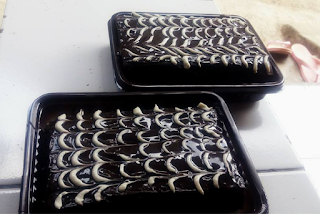 Resep Brownies Kukus Toping Coklat Bermotif
