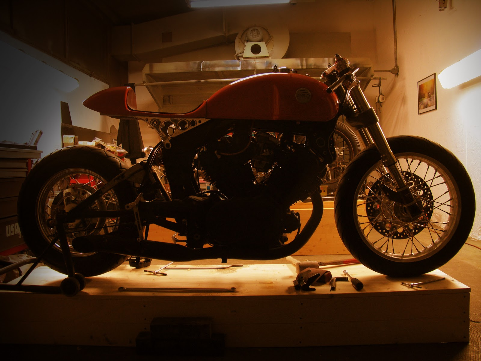 1982 Yamaha XV750 by Plan B Motorcycles :: via Inazuma Cafe