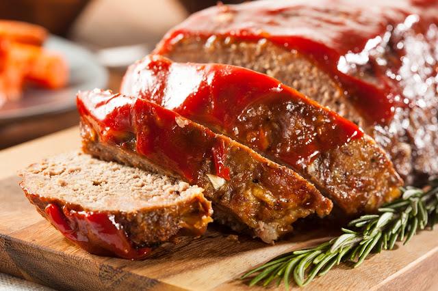 Juicy Meatloaf (American Style)