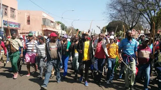Tension as fresh violence rock South Africa