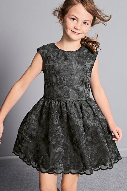 vestidos de niña para bodas online