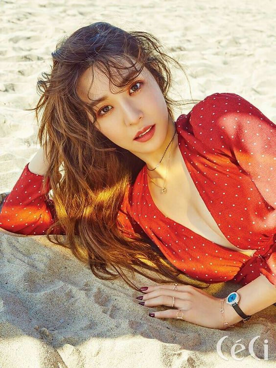 Top 10 Sexiest Photos Of Tiffany Young Daily K Pop News