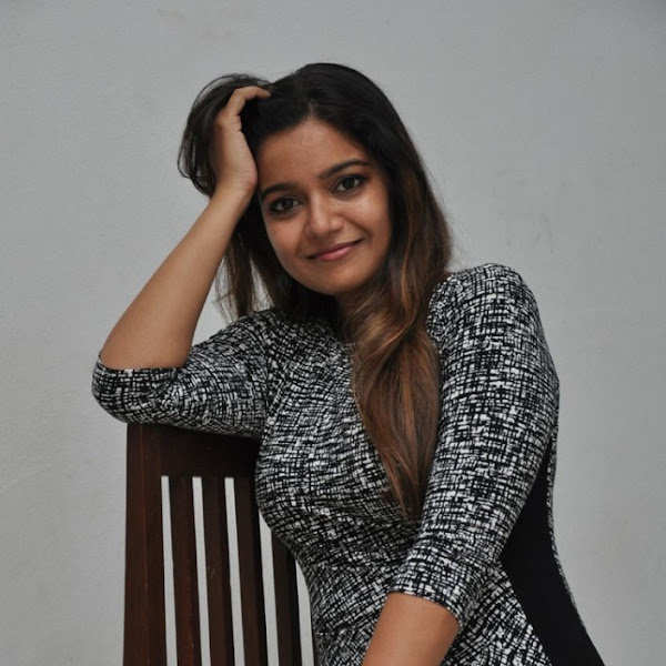 Swathi Reddy latest hot photos