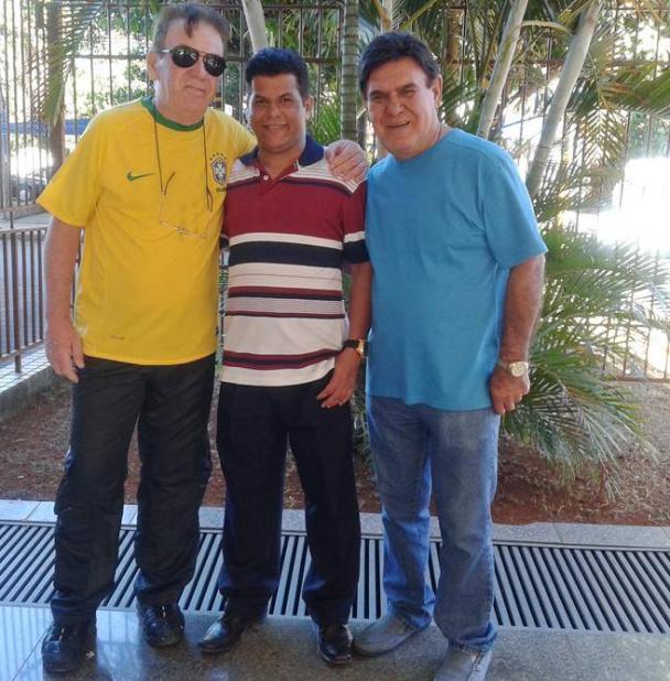 Valdivino Sousa com as vozes de ouro do Rádio José Nery e Paulo Torres da Rádio Nacional