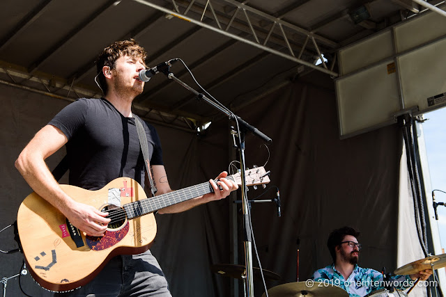 Brett Newski at Riverfest Elora on Sunday, August 18, 2019 Photo by John Ordean at One In Ten Words oneintenwords.com toronto indie alternative live music blog concert photography pictures photos nikon d750 camera yyz photographer summer music festival guelph elora ontario