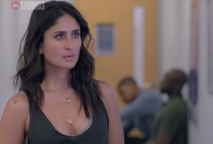 Kareena Kapoor cleavage in Angrezi Medium best comedy scene