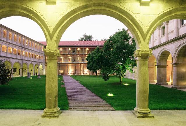 Parador monasterio en Galicia