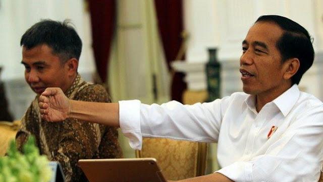 Hadapi Corona, Jokowi Minta Masyarakat Tak Panik dan Jangan Sering Sentuh Wajah