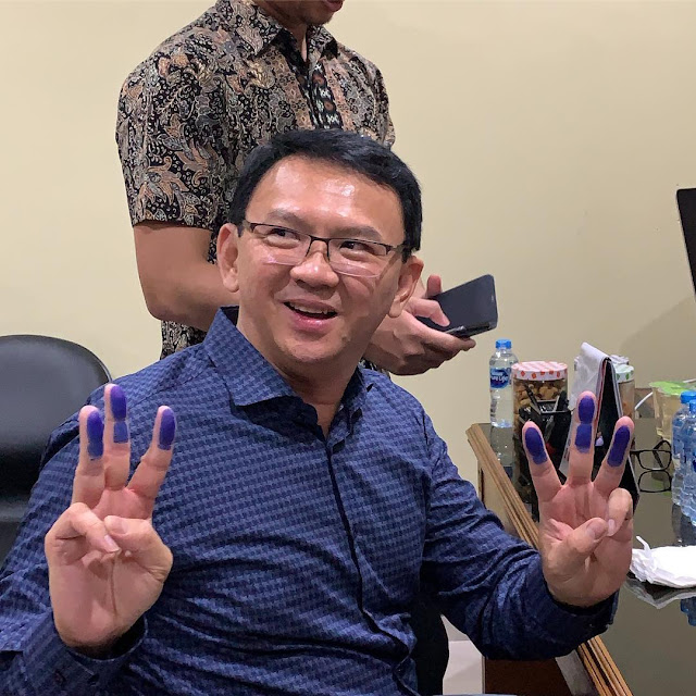 Ahok Pose 3 Jari, BPN Prabowo: Mulai Nggak Yakin dengan Jokowi