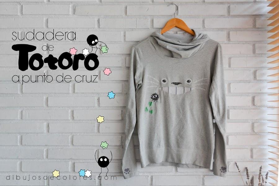 Totoro bordado a punto de cruz