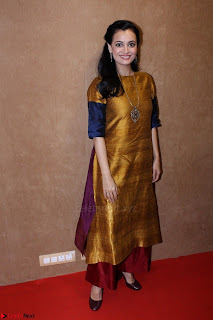Dia Mirza Attends Power Women Seminar To Celete Womens Day 004.JPG