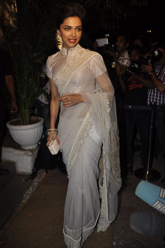 Glamorous Deepika Padukone Hot Photos In White Saree