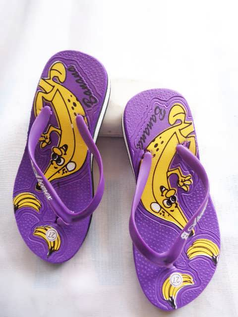 Wedges murah Banana - Distributor Sandal Spon   082317553851