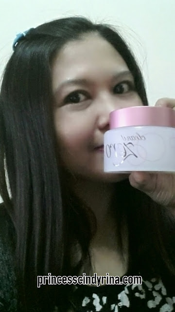 girl posing with Banila Co cleansing balm