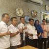 Ketua Umum PWO INDEPENDEN Berikan SK PWOI Provinsi Banten DiJakarta