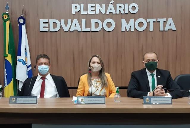 """Presidente da Câmara de Patos-PB defende a realização de sessões presenciais. """"São muito mais produtivas."""", avalia Tide Eduardo"""