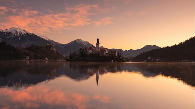 Igreja no Lago Bled Eslovénia
