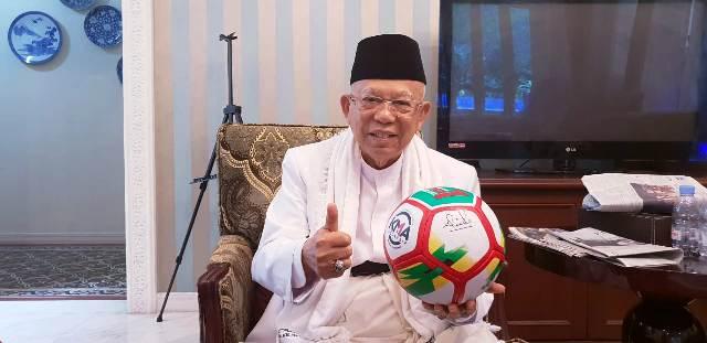 Mengenal Kiai Ma'ruf Amin (3): Kitab Kuning, Sepak Bola, dan Film