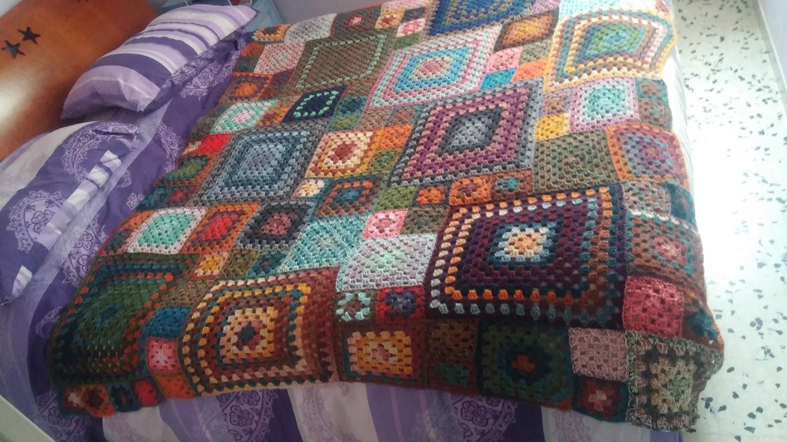 La casetta di lucia: coperta granny a uncinetto con piastrelle di