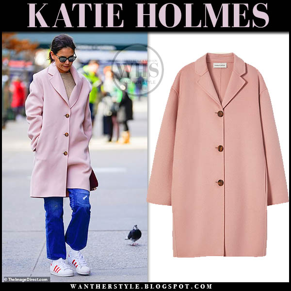 Katie Holmes in pink mansur gavriel coat, jeans and white adidas originals sneakers winter street style january 15