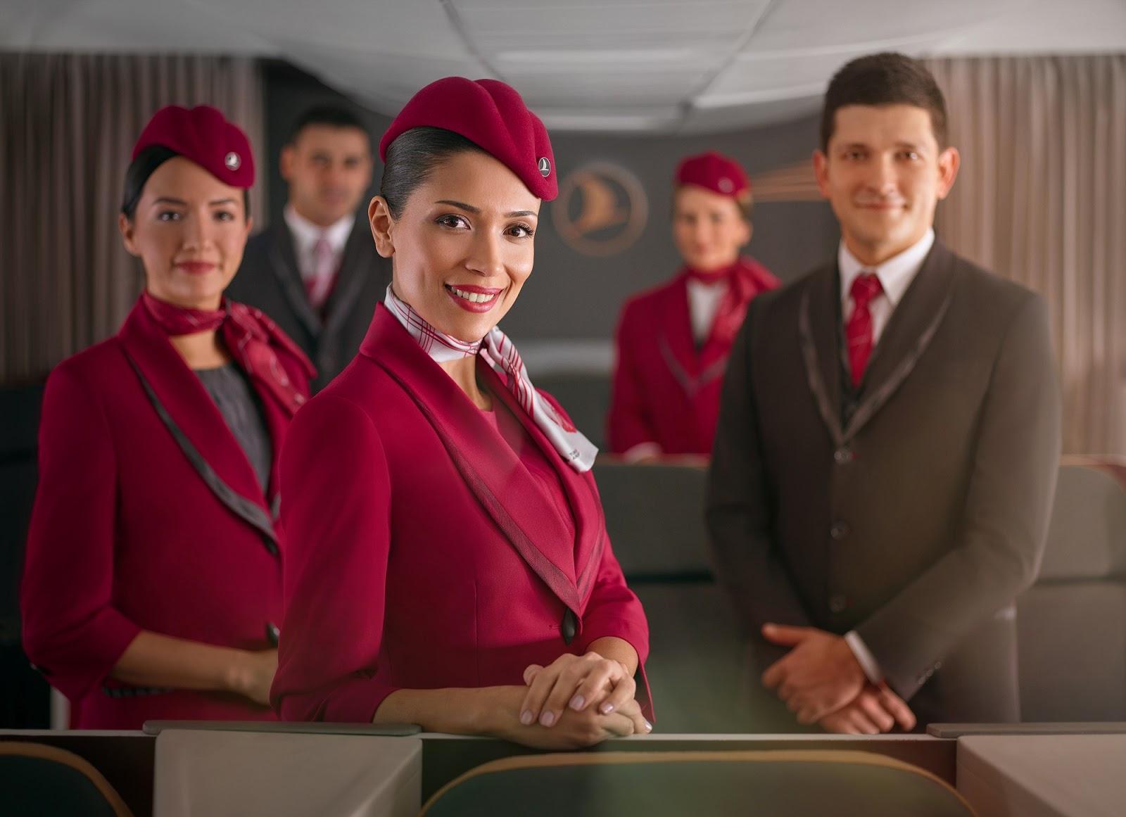Conheça o novo uniforme da Turkish Airlines  | É MAIS QUE VOAR