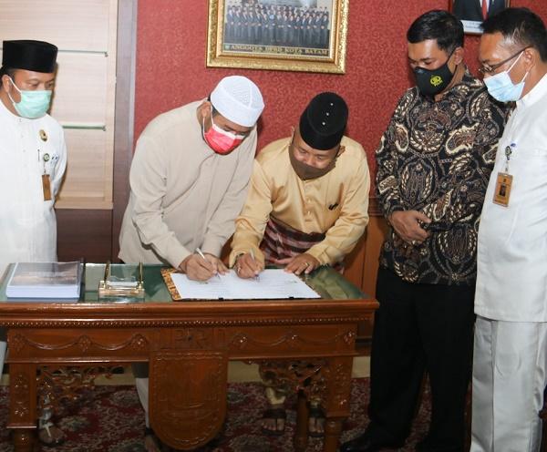 DPRD dan Pemko Batam Teken MoU, Tanjung Sauh Sebagai Kawasan Ekonomi Khusus