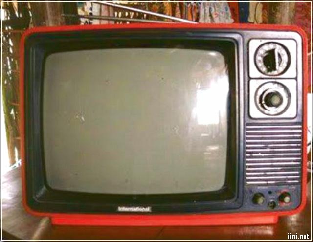 Ảnh TV trắng đen ngày xưa