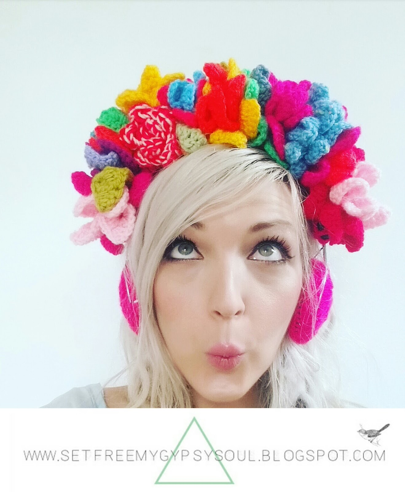 flower crown crochet boho chic hippie style fashion headphones earphones free pattern