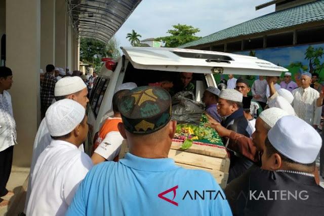 Ambruk Bersujud, Imam Masjid Wafat Saat Pimpin Shalat Jumat