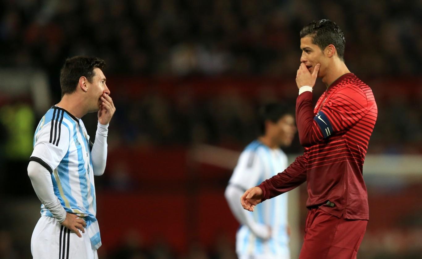 Comparación Messi - Ronaldo como se debe (post corto)