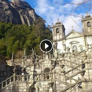 https://www.facebook.com/absolutoportugal/videos/10153776416858935/