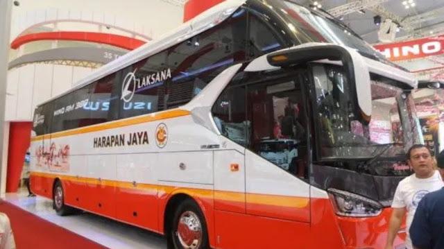 Bus Mewah Harapan Jaya