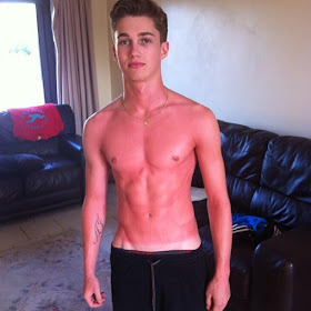The Stars Come Out To Play: AJ Pritchard - New Shirtless Pics