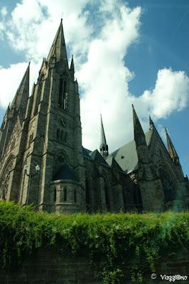 Una delle chiese visibili durante il Tour in barca di Strasburgo