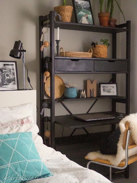 makuuhuone sisustus kierrätyskoti kirppistelijä kirppislöytö
