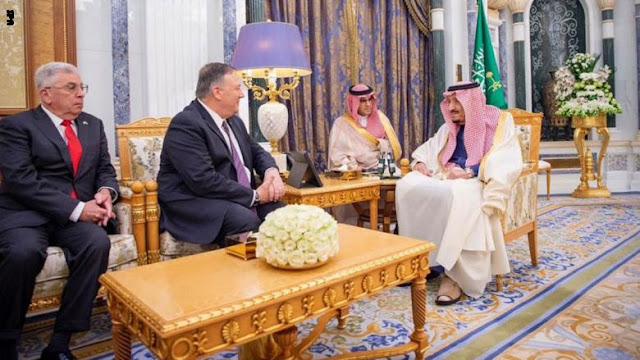 بومبيو يلتقي عاهل السعودية في الرياض.. ومباحثات حول مواقف البلدين