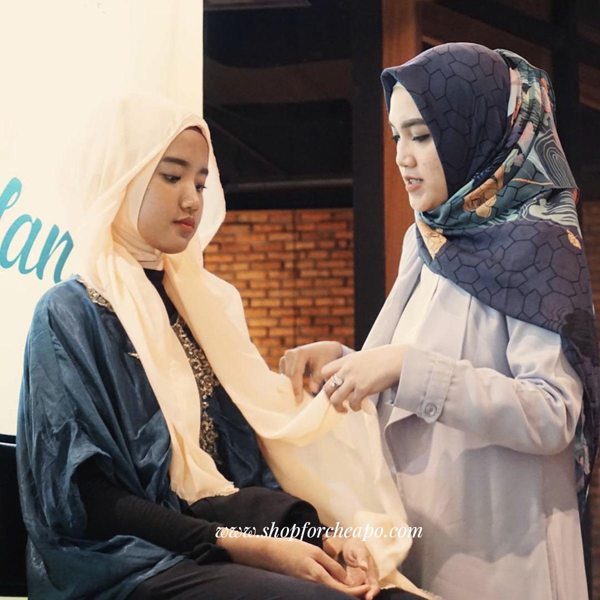 Cerita Sarjana Ekonomi yang Banting Setir Menjadi editor Beauty & Fashion (Hobi Menjadi Karir)
