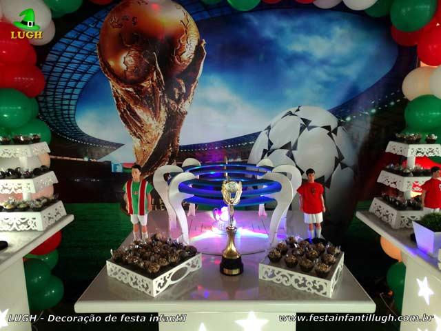 Decoração de aniversário tema Futebol - Mesa decorativa de festa