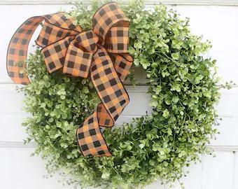Fall/Halloween Boxwood Wreath