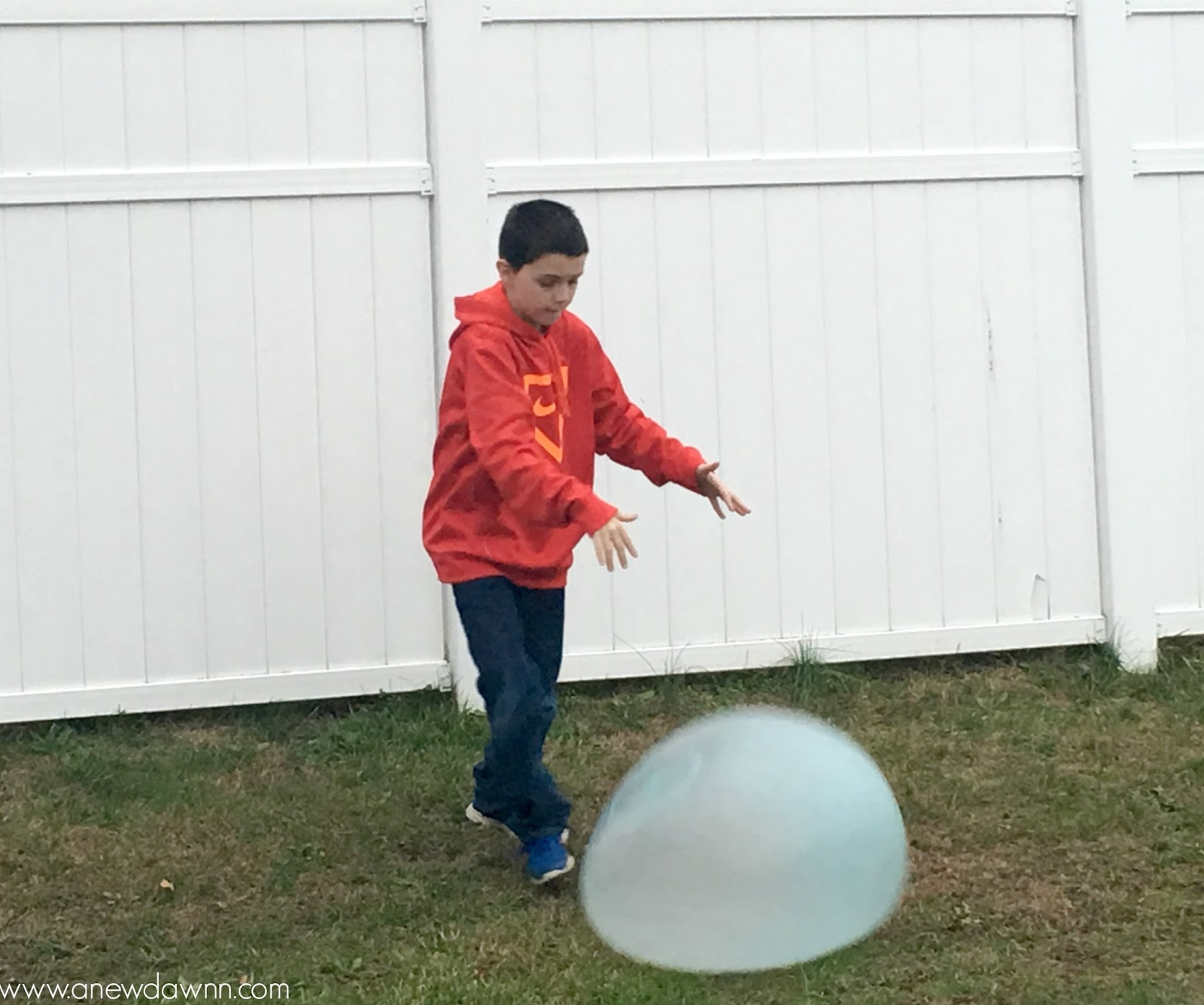 Glo Wubble Ball