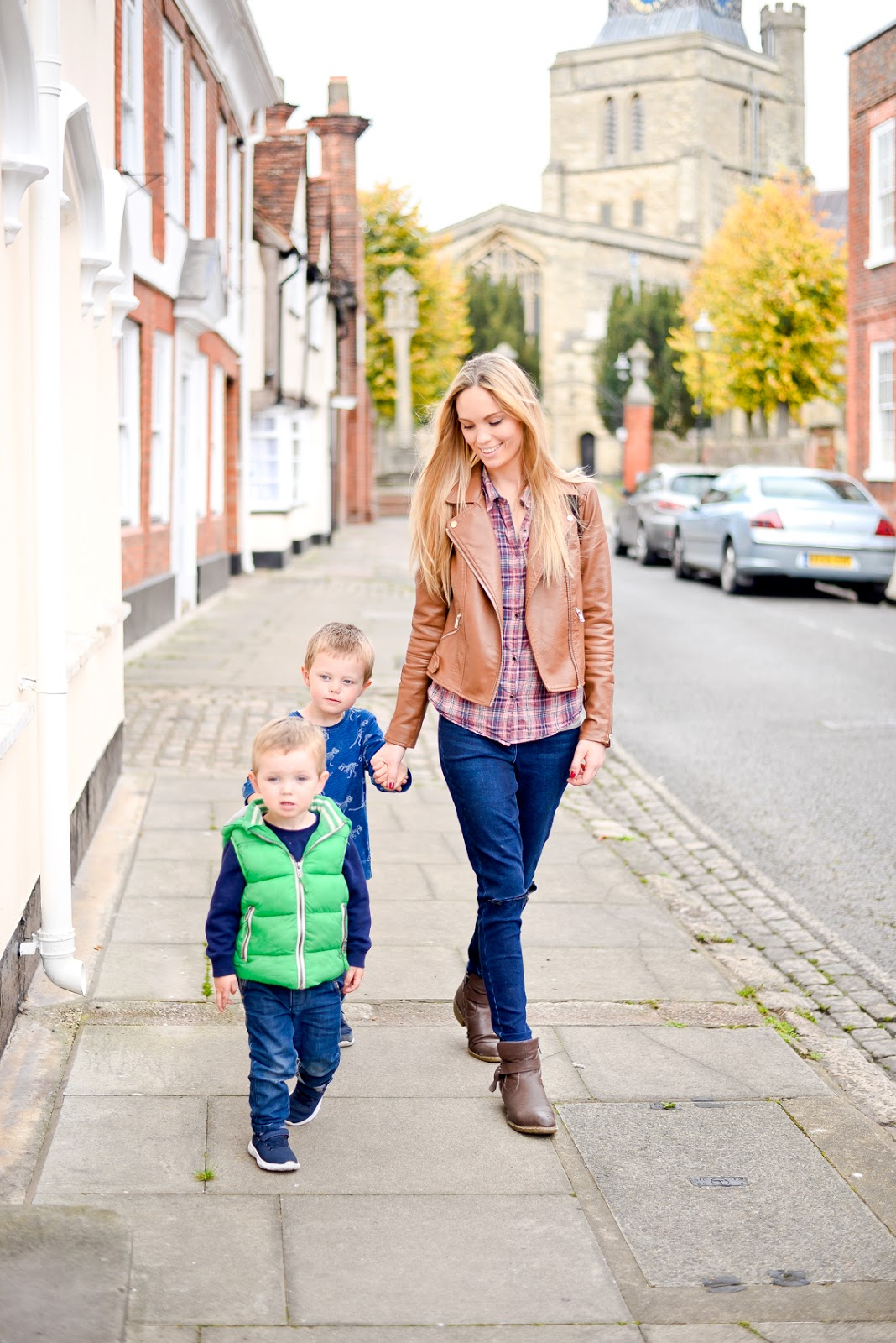 feeling overwhelmed as a mum of two