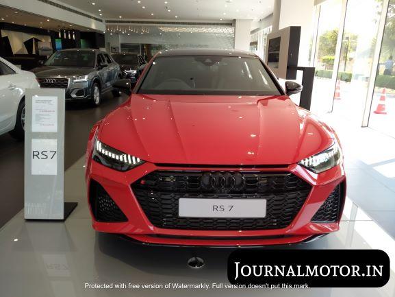 Audi RS7 sportback review: Grabs a lot of eyeballs