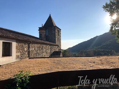 Hospedería Sierra de Gata vista iglesia