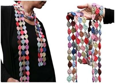 Bufanda crochet Confeti con motivos circulares de colores
