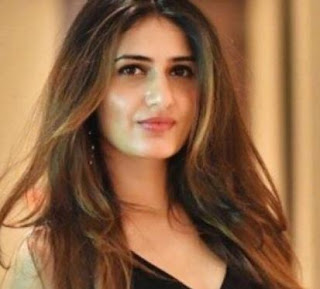 Fatima Sana Shaikh Family Husband Son Daughter Father Mother Marriage Photos Biography Profile.