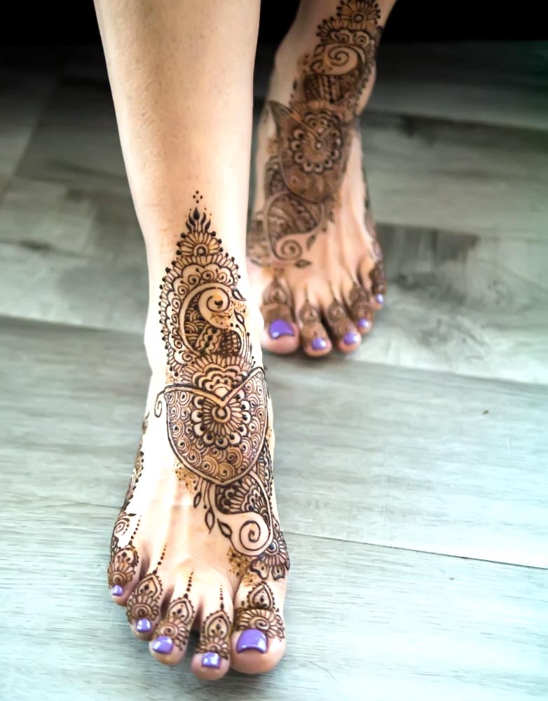 Abstract-Easy-&-Simple-Feet-Mehndi-Design