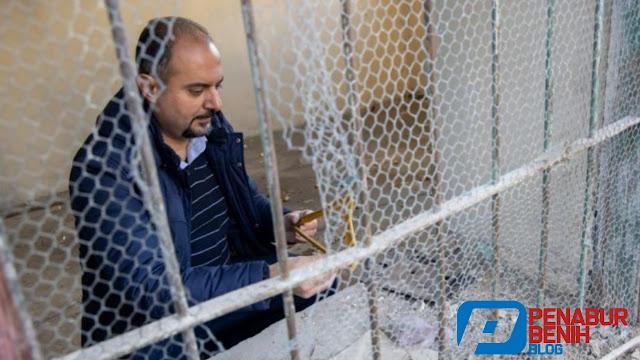 Pendeta memutuskan untuk tetap tinggal di Suriah yang dilanda perang untuk menunjukkan kasih Yesus