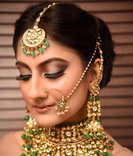 3 Produk Penting Untuk Dapatkan Look ala Make Up India