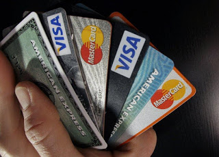 4 Credit Card Tips to Help You Cut Your Spending